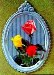3D Lenticular POSTCARD - THREE ROSES IN FRAME